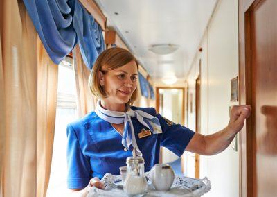 Cabin-attendant-service